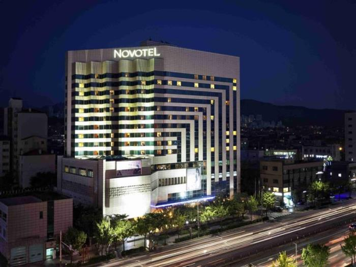 禿山諾富特大使酒店的圖片1
