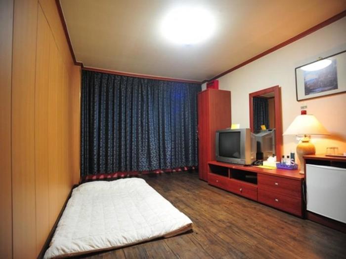 [Goodstay認可]京荷Spa酒店的圖片3