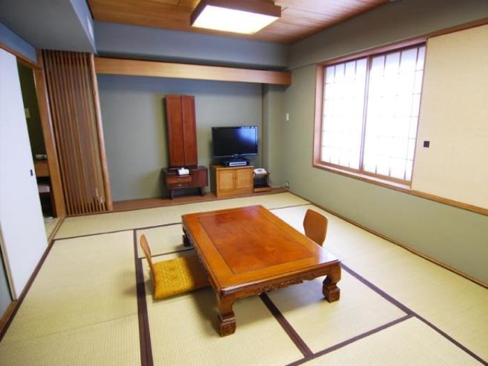 高松國際酒店的圖片4