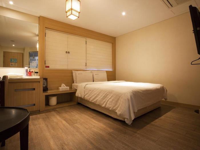 新村拉不眠之夜酒店的圖片2