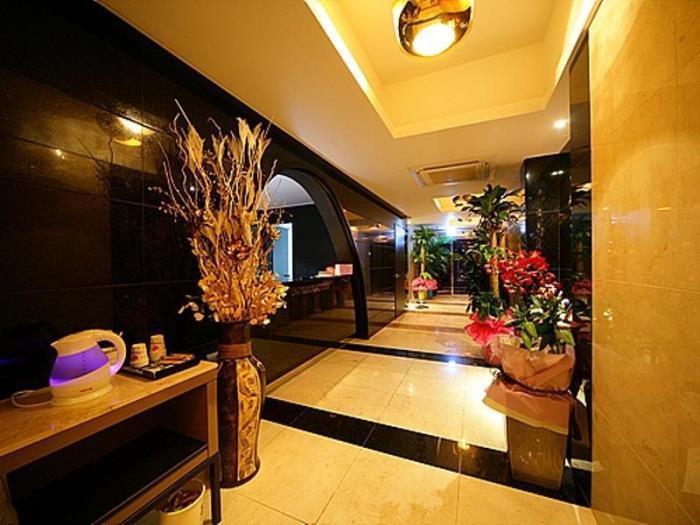 新村拉不眠之夜酒店的圖片4